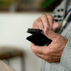 Téléphones adaptés aux besoins d'un sénior : une solution optimale au quotidien