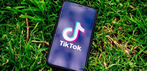 Tik Tok, le réseau social qui a connu une ascension fulgurante